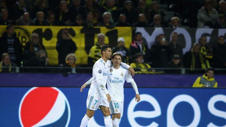 Foto de Cristiano Ronaldo del Real Madrid y  Luka Modric en el Real Madrid. Cristiano y Modric compiten por los The Best. (Foto de Francois Nel/Getty Images)