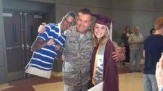 Emotivo reencuentro en la graduación de esta chica, su padre militar hace todo para estar con ella