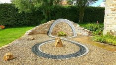 Un artista del Reino Unido convierte rocas lisas y piedras en esculturas muy detalladas