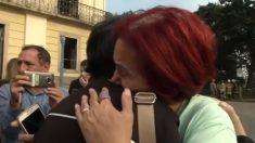 El Museo Nacional de Brasil celebra emotiva muestra pública frente al edificio incendiado