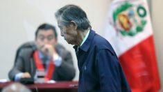 Keiko Fujimori reclama libertad para su padre por temor al virus del PCCh