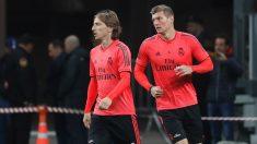 Modric recibe el premio al mejor jugador madridista de septiembre