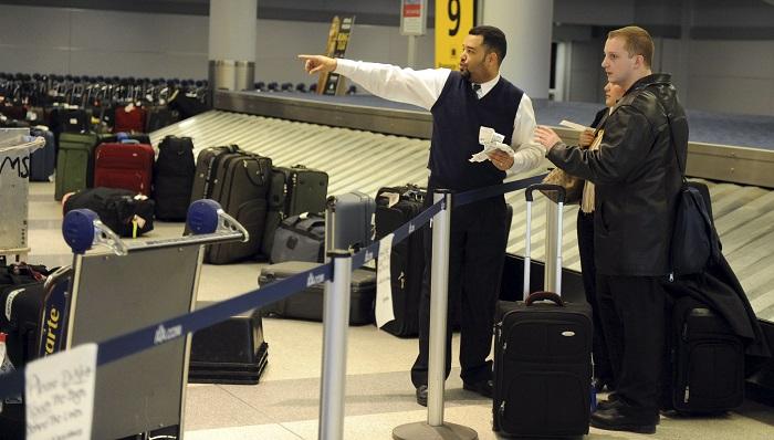Nueva York invertirá 13.000 millones en la reforma del aeropuerto JFK Las terminales propuestas, sujetas a aprobación por parte de la Autoridad Portuaria, se situarán en el norte y el sur del aeropuerto y sus obras representan 10.000 millones de dólares en el total del plan, que en un 90 % está financiado por el sector privado. EFE/Archivo