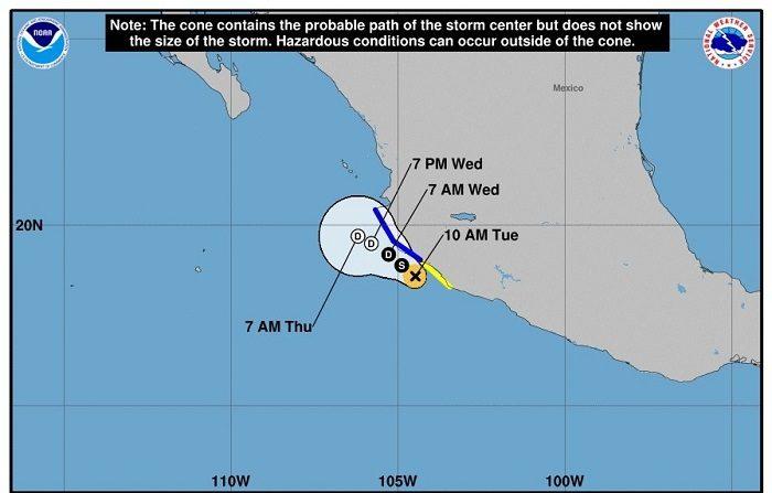 Tormenta Tara se aproxima a costas mexicanas generando fuertes lluvias Imagen cedida hoy, martes 16 de octubre de 2018, por el Centro Nacional de Huracanes (NHC) de EE.UU. que muestra el pronóstico de cinco días de la tormenta tropical Tara que prosigue en su camino hacia la costa mexicana, por lo que los occidentales estados de Colima y Jalisco se mantienen en alerta debido al potencial de fuertes lluvias, informó el Sistema Meteorológico Nacional (SMN). EFE/NHC/SOLO USO EDITORIAL/NO VENTAS