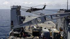 Militares de EE.UU. heridos al estrellarse un helicóptero en un portaaviones