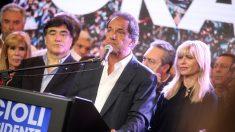Fiscal pide llevar a juicio oral a exvicepresidente argentino por corrupción