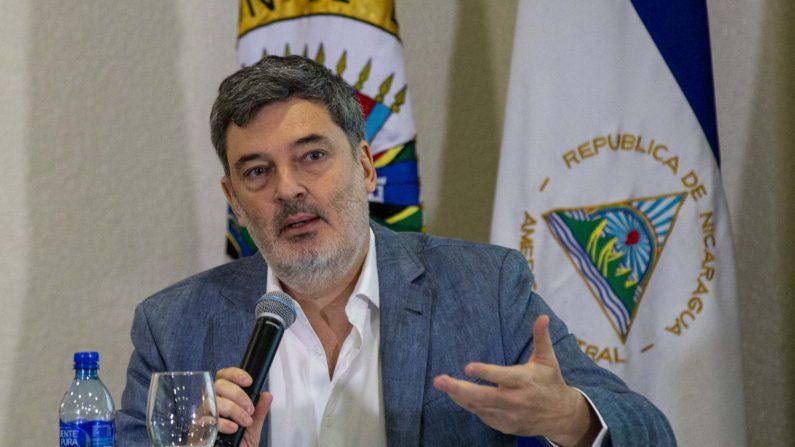 El integrante del Grupo Interdisciplinario de Expertos Independientes (GIEI), Pablo Parenti, participa en una conferencia de prensa para anunciar los avances de investigaciones sobre la violencia en Nicaragua hoy, viernes 26 de octubre de 2018, en Managua (Nicaragua). EFE