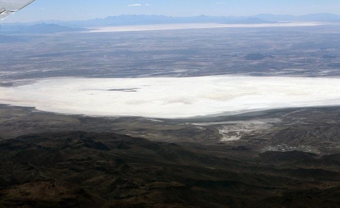 Los pescadores del Poopó temen un nuevo desastre natural como el que secó hace unos años este importante lago boliviano, dejando a comunidades originarias sin uno de sus principales recursos, informaron hoy fuentes del sector. EFE