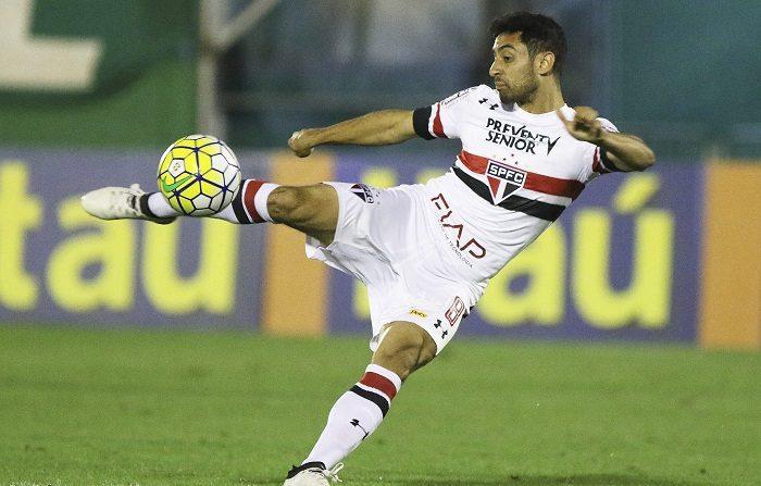 La Policía brasileña investiga la muerte del centrocampista Daniel Corrêa Freitas, jugador propiedad del Sao Paulo, pero prestado al Sao Bento, quien al parecer falleció como consecuencia de una herida por arma blanca, confirmaron hoy fuentes oficiales. EFE/Rubens Chiri