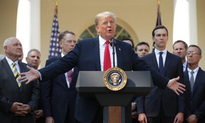 Donald Trump en una conferencia de prensa sobre el nuevo acuerdo México-Estados Unidos-Canadá, en la Casa Blanca, 1 de octubre de 2018. (Chip Somodevilla/Getty Images)