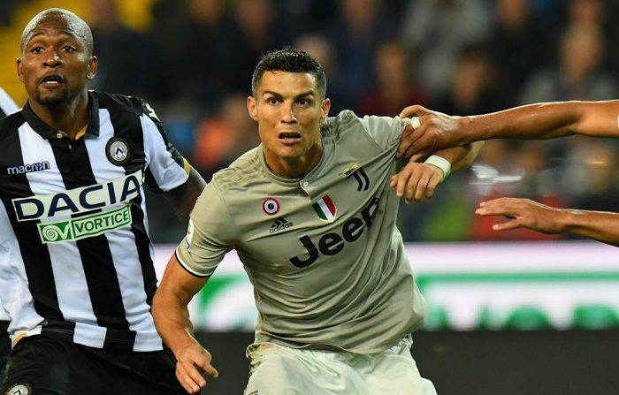 Cristiano Ronaldo de la Juventus en acción, el 6 de octubre de 2018 en Udine, Italia. (Foto de Alessandro Sabattini/Getty Images)