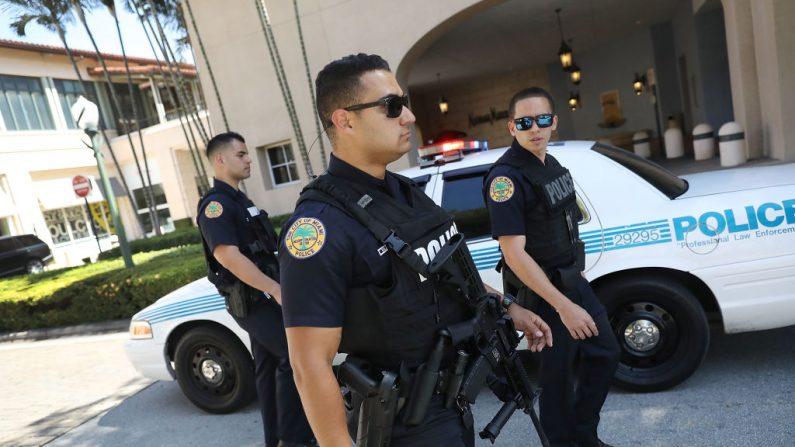Imagen de contexto de la Policías de la ciudad de Miami. (Foto de Joe Raedle/Getty Images)
