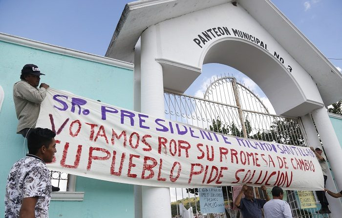 Hasta el 31 de octubre han sido inhumados 351 de los 444 cuerpos bajo resguardo del Servicio Médico Forense, incluyendo a los 322 cadáveres abandonados por esa dependencia y la Fiscalía estatal, informó hoy la Comisión Estatal de Derechos Humanos de Jalisco (oeste de México). EFE