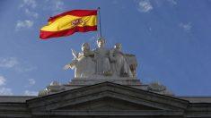 Socialistas contradicen los objetivos de volver a aplicar la Juridicción Universal en España