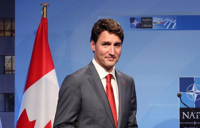 El primer ministro canadiense, Justin Trudeau, se disculpó hoy por la decisión del Gobierno de Canadá de denegar en mayo de 1939 la entrada en el país de un barco cargado con miles de refugiados, entre ellos 900 judíos alemanes.EFE