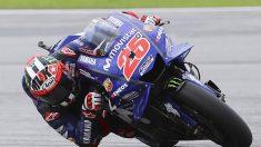 Maverick Viñales, de MotoGP, guía a los motoristas para una conducción segura