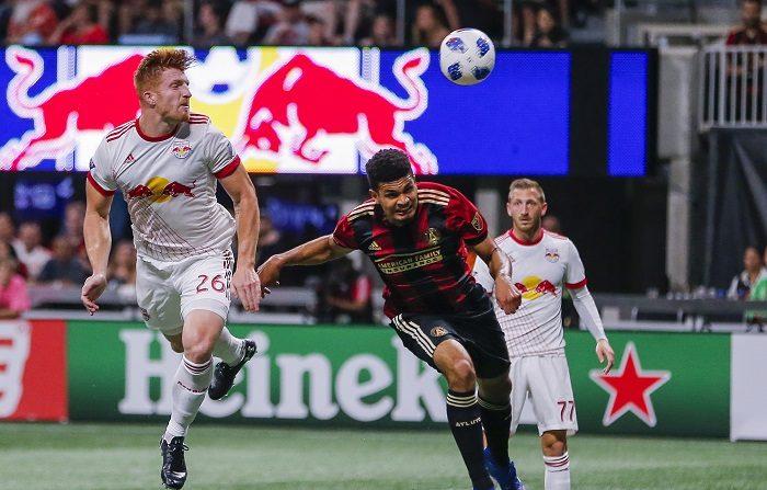 El Atlanta United consiguió esta noche el pase a la gran final de la MLS Cup después de perder por 1-0 frente a los Red Bulls de Nueva York en el partido de vuelta de la final de la Conferencia Este y conseguir un marcador global de 3-1. EFE/EPA/ERIK S. LESSER