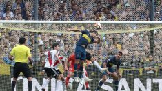 Boca Juniors y River Plate logran empate en la primera final 2-2