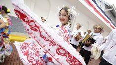Empolleradas ponen color y tradición en fiestas por la independencia de Panamá