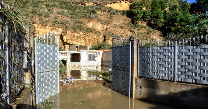 Foto tomada el 4 de noviembre de 2018 que muestra parcialmente la casa inundada donde murieron los 9 miembros de la familia Giordano. (Foto de ALESSANDRO FUCARINI/AFP/Getty Images)