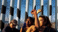 """La caravana de migrantes estaría planeando una """"estampida humana"""" en la frontera de EE.UU."""