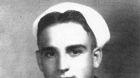 Familia del marinero de Pearl Harbor finalmente encuentra la paz después de 77 años