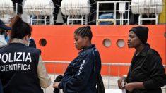 "Exponen a ONG enseñando a migrantes a engañar a los ""estúpidos"" agentes de la frontera de la Unión Europea"