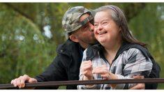 Chica con síndrome de Down recibe la propuesta de matrimonio más dulce de su vida