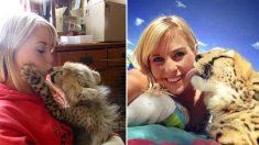 Esta joven salva a una chita y sus tiernas selfies se vuelven virales