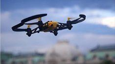 El servicio postal de Japón realiza su primera entrega con un dron