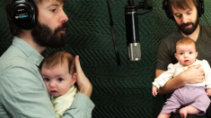 """""""Don't Worry Be Happy"""": la sorpresa musical de una familia para que la bebé deje de llorar"""