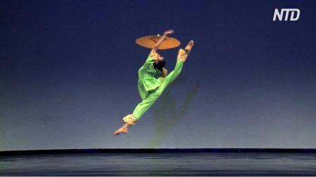 Estudiantes comparten cómo la danza china les ayuda a reconectarse con su cultura