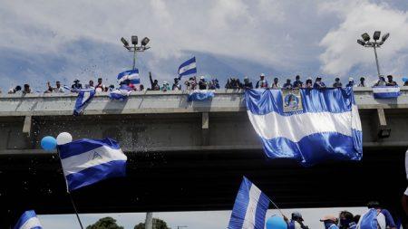 Nicaragua: Policía orteguista detiene a manifestante excarcelado y lo acusa de supuesto robo