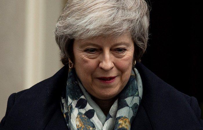 """La primera ministra británica, Theresa May, anunció hoy que el acuerdo del """"brexit"""" que ha consensuado con Bruselas se votará en la Cámara de los Comunes de Londres la semana del 14 de enero. EFE"""