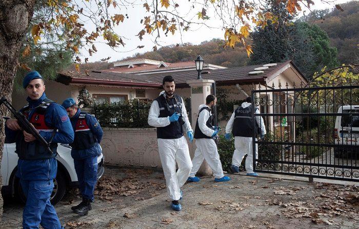 Los asesinatos de periodistas vuelven a crecer tras cinco años de caída La policía turca registraba una finca en busca del cuerpo del periodista Jamal Khashoggi en la provincia de Yalova, a unos 100 kilómetros por carretera desde el centro de Estambul (Turquía), asesinado el pasado 2 de octubre en el consulado de su país en Estambul. EFE/ Archivo Los asesinatos de periodistas vuelven a crecer tras cinco años de caída. EFE/ Erdem Sahin
