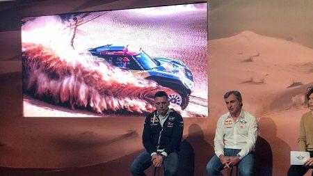"""Carlos Sainz: """"Fernando Alonso tiene capacidad para correr un Dakar"""""""