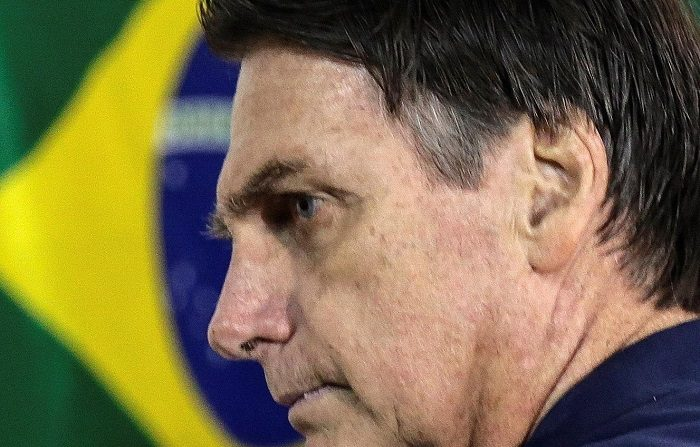 """El presidente electo, Jair Bolsonaro, aseguró hoy que Brasil e Israel harán se asociarán para beneficiar la región Nordeste del gigante sudamericano, una de las zonas más empobrecidas, con proyectos de desalinización del agua y consideró que la negociación entre ambos países está """"muy bien encaminada"""". EFE"""