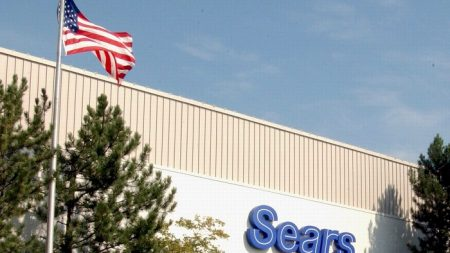 Cadena de grandes almacenes Sears anuncia el cierre de 80 tiendas