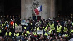 """59 Detenidos en París en las protestas de """"chalecos amarillos"""""""