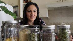 Joven mexicana acumula tres años viviendo sin producir basura