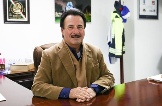 El alcalde de Tijuana, Juan Manuel Gastélum, en su oficina en Tijuana, México, el 30 de noviembre de 2018. (Charlotte Cuthbertson/La Gran Época)