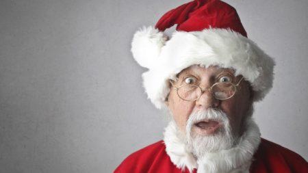 Despiden a maestra que hizo llorar a los niños cuando les dijo que Papá Noel no existe