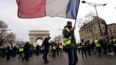 Disturbios en París: Los reclamos de los chalecos amarillos se ven empañados por la violencia