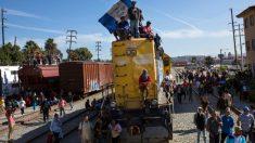 Miembros de la caravana de migrantes exigen pago de 50.000 dólares cada uno