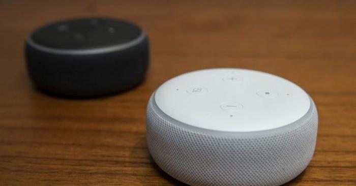 Fotografía de Echo Dot, en la sede de Amazon, después de un evento de lanzamiento, el 20 de septiembre de 2018, en Seattle, Washington. Amazon lanzó más de 70 productos habilitados con Alexa durante el evento. (Stephen Brashear/Getty Images)