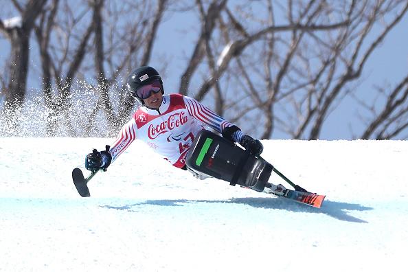 Andrew Kurka de Estados Unidos compite en el descenso de los hombres esquiadores alpinos el 10 de marzo de 2018 en Pyeongchang-gun, Corea del Sur. (Foto de Chung Sung-Jun/Getty Images)
