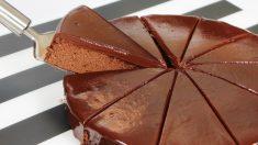 Sin culpas: estudio concluye que desayunar un pedazo de torta de chocolate ayudaría a perder peso