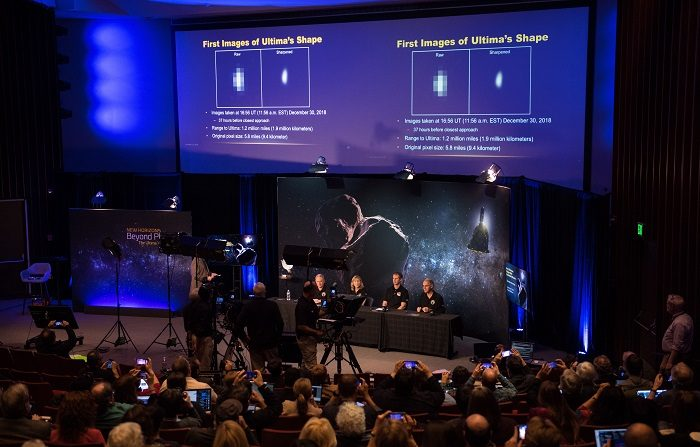 La sonda espacial de la NASA New Horizons va a sobrevolar este 1 de enero Ultima Thule, el objeto celeste más lejano que la humanidad ha explorado hasta ahora, situado en el cinturón de Kuiper, a unos 6.500 millones de kilómetros de distancia del Sol. EFE/EPA/JOEL KOWSKY NASA/HANDOUT MANDATORY CREDIT: (NASA/JOEL KOWSKY) HANDOUT EDITORIAL USE ONLY