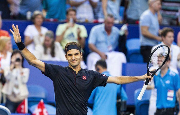 Roger Federer y Belinda Bencic rubricaron este sábado la coronación de Suiza en la prestigiosa Copa Hopman con su victoria, por 2-1, ante los alemanes Alexander Zverev y Angelique Kerber. EFE/EPA/TONY MCDONOUGH AUSTRALIA AND NEW ZEALAND OUT EDITORIAL USE ONLY