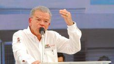 Dan prisión domiciliaria a exgobernador mexicano acusado de fraude fiscal